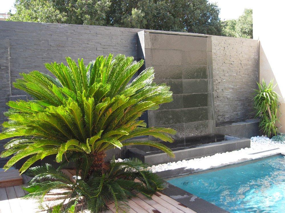 chute d'eau piscine
